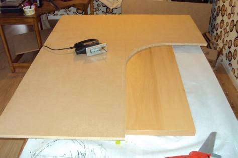 build have corner desk diy diy playhouse cardboard abounding82xjf. Black Bedroom Furniture Sets. Home Design Ideas